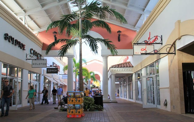 Orlando Premium Outlets International Dr